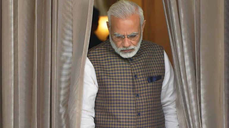 PM Modi keeps India waiting for surprise address, misses own announcement time
