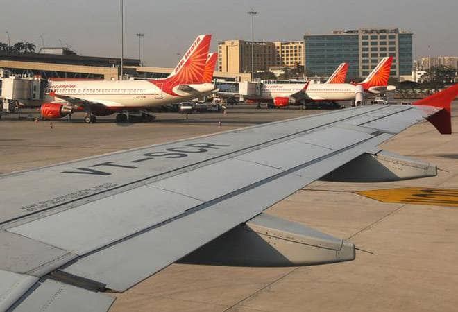 Air India cuts last minute flight booking prices, declares 40% discount on tickets