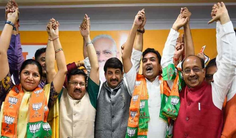 Disqualified AAP MLA Kapil Mishra,women's wing chief Richa join BJP