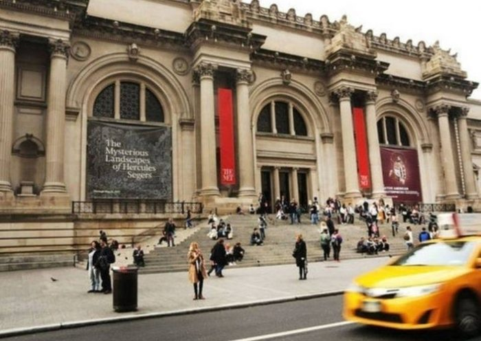 The Met To Investigate Possibly Stolen Indian Artifacts: Report
