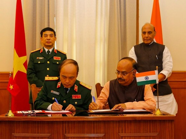 India, Vietnam sign MoU for cooperation in education, scientific research
