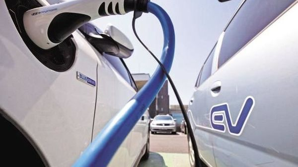 The biggest challenge for mass adoption of electric vehicles in India: Price