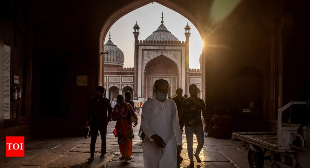 Majority of Indian Muslims support Islamic courts: Study